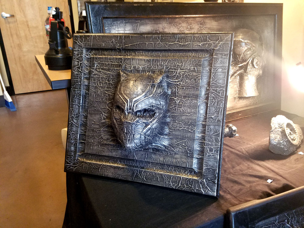 Black Panther Karbon Kast by Truax Designs - & Graphicsbyte Creative